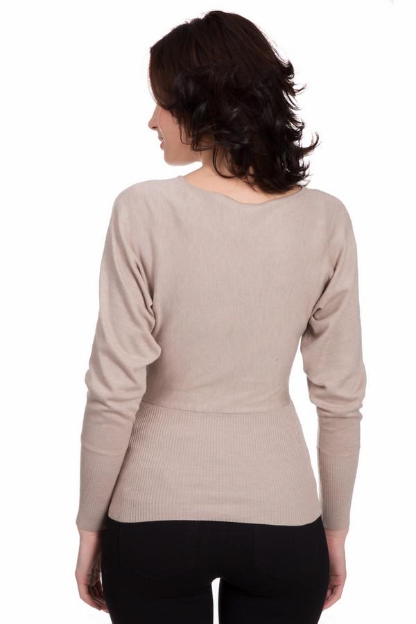 Пуловер и рубашка