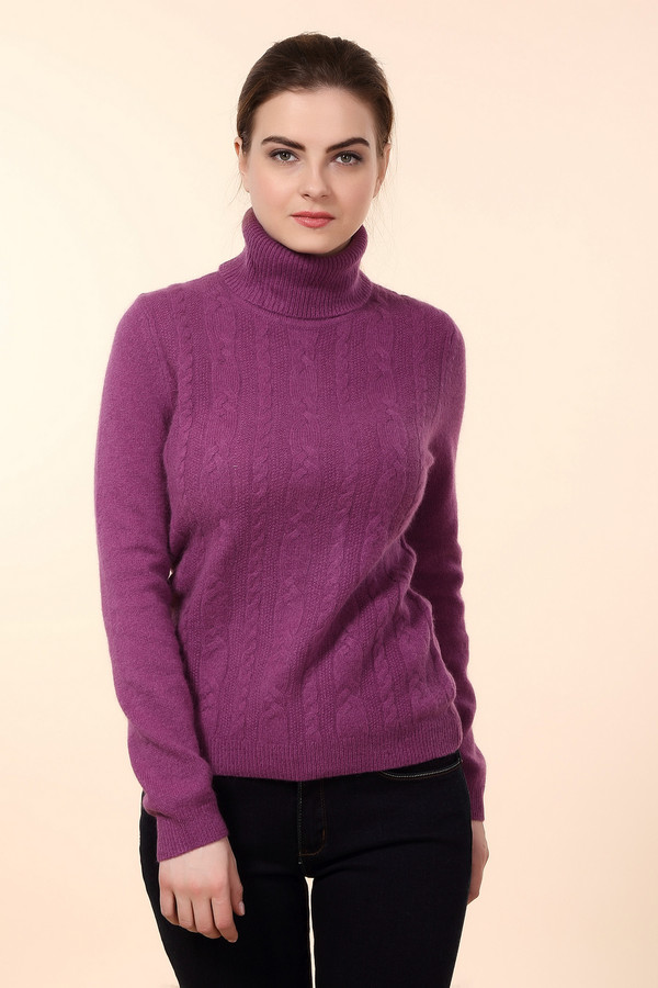 Водолазка PezzoВодолазки<br>Яркая женская водолазка от бренда Pezzo фиолетового цвета. Это изделие состоит из шерсти, ангоры и полиамида. Такая модель рассчитана на зимний сезон. Водолазка дополнена вязанными вертикальными косами. Ворот прикрывает шею. Прекрасное решение для тех кому нравятся интересные цветовые решения в одежде.<br><br>Размер RU: 48<br>Пол: Женский<br>Возраст: Взрослый<br>Материал: шерсть 70%, полиамид 10%, ангора 20%<br>Цвет: Фиолетовый