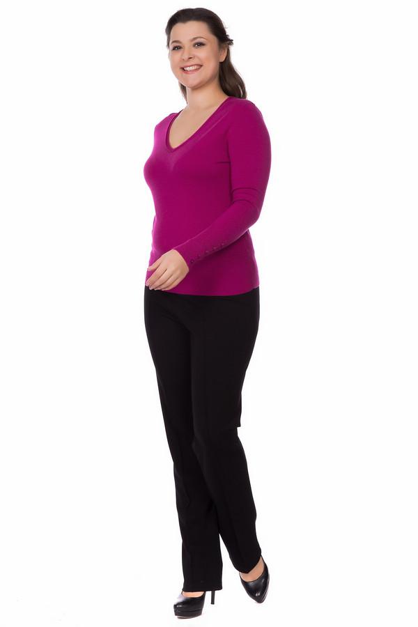 Пуловер PezzoПуловеры<br>Броский женский пуловер Pezzo яркого розового цвета. Изготовлен из вискозы, нейлона, шерсти. Отлично подходит для осеннего и весеннего сезонов. Модель дополнена округлым женственным декольте и рядом пуговиц на манжетах. Подойдет для всех, кто любит яркий розовый цвет. Может сочетаться с повседневными джинсами и строгими брюками или юбками.<br><br>Размер RU: 44<br>Пол: Женский<br>Возраст: Взрослый<br>Материал: вискоза 46%, шерсть 19%, нейлон 35%<br>Цвет: Розовый