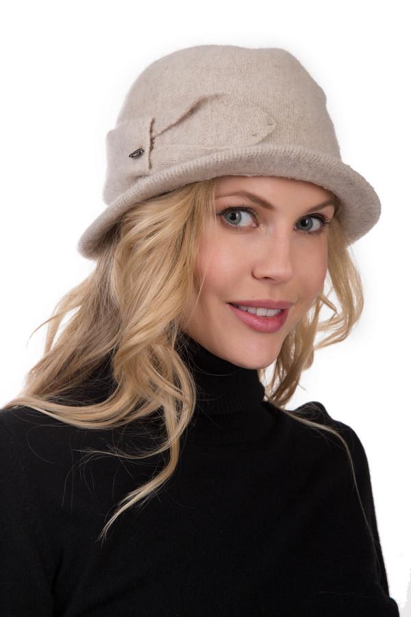 Шляпа SeebergerШляпы<br>Шляпа Seeberger из шерсти бежевого или серого цвета – головной убор для настоящих леди. Приятный цвет, гармоничный силуэт, неширокие бортики – это все характерные детали предлагаемой модели. Элегантный хлястик украшает данную модель сбоку и придает убору изысканности и очарования. Качественная шляпка эффектного силуэта – идеальный комби-партнер для классических вещей и одежды в нейтральных стилях.<br><br>Размер RU: один размер<br>Пол: Женский<br>Возраст: Взрослый<br>Материал: шерсть 100%<br>Цвет: Бежевый