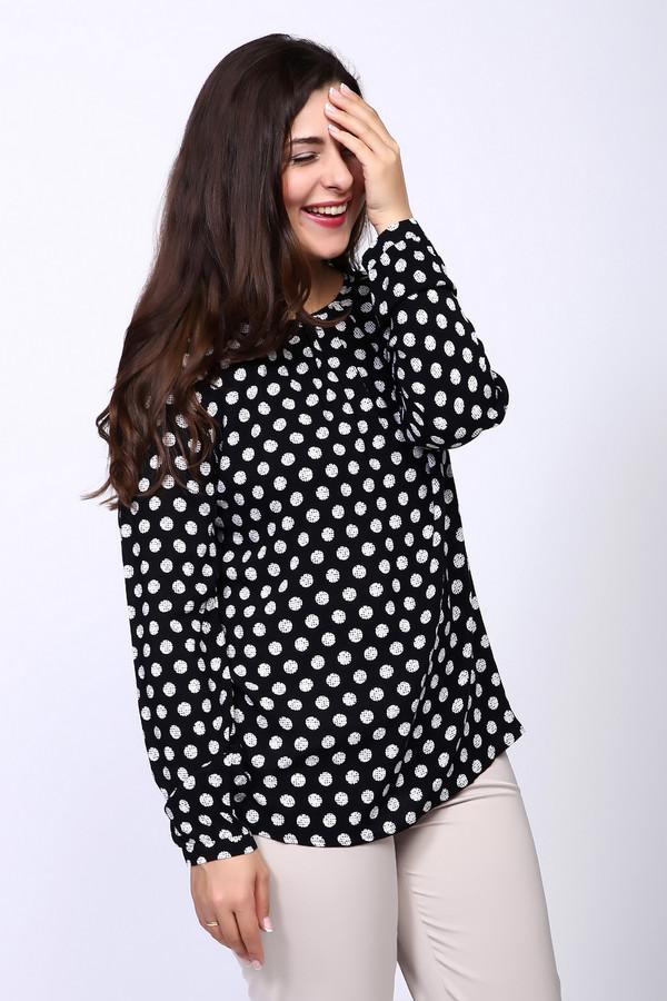 Блузa Gerry WeberБлузы<br>Блузa Gerry Weber в крупный оригинальный горох – необычная и элегантная модель. Ее свободный крой красиво подчеркивает изгибы вашего тела. Демисезонная черно-белая блуза – настоящая находка для уверенных в себе женщин, ценящих практичность и изысканность. Блуза выполнена из 100%-ной вискозы. Вещь впишется в любой гардероб, особенно хорошо выглядит в комбинации с облегающими вещами.<br><br>Размер RU: 42<br>Пол: Женский<br>Возраст: Взрослый<br>Материал: вискоза 100%<br>Цвет: Белый