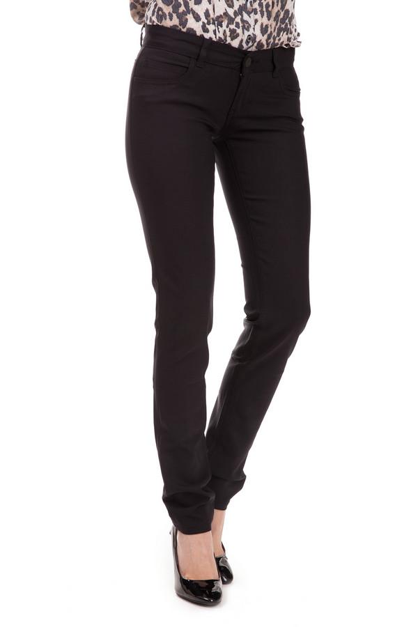 Модные джинсы Sai-KuМодные джинсы<br>Модные джинсы Sai-Ku черного цвета. Женские брюки темной расцветки очень выигрышно смотрятся на фигуре: каждая дама втайне мечтает о том, что быть визуально худее. Состав ткани: хлопок, полиамид, луоселл. Такие брючки будут уместны в любой обстановке и в комплекте с любыми вещами.<br><br>Размер RU: 44-46(L34)<br>Пол: Женский<br>Возраст: Взрослый<br>Материал: хлопок 57%, полиамид 40%, луоселл 3%<br>Цвет: Чёрный