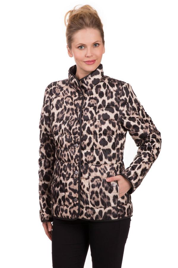 Куртка BaslerКуртки<br>Куртка Basler леопардовой расцветки. Эта модель в бежевом, черном и коричневом цветах очень интересна своим узором. Такие вещи всегда актуальны. Состав ткани – 100%-ный полиэстер. Края куртки отделаны однотонной тканью. Изделие с воротником-стойкой снабжено карманами застегивается на кнопки. Носить курточку можно с брюками, юбками, джинсами.<br><br>Размер RU: 52<br>Пол: Женский<br>Возраст: Взрослый<br>Материал: полиэстер 100%<br>Цвет: Разноцветный