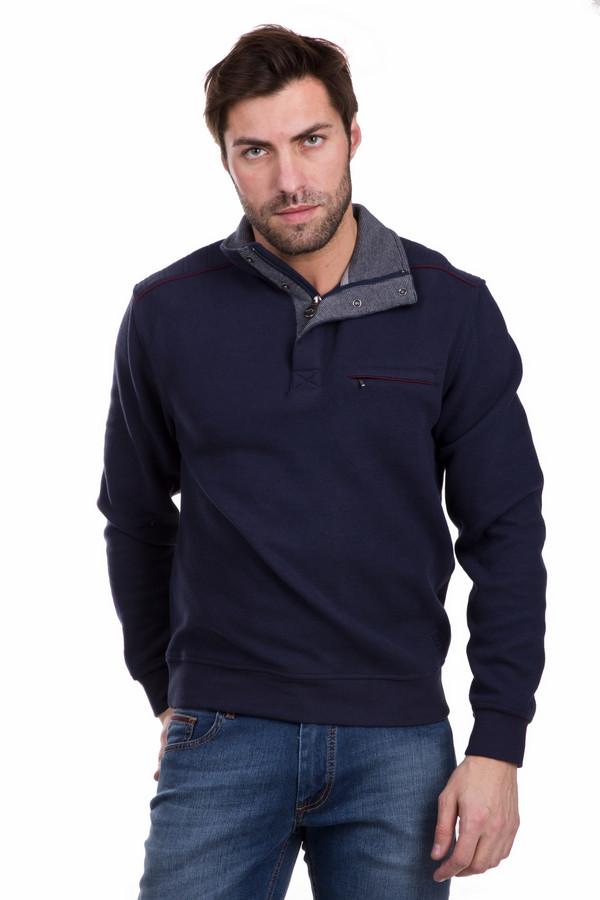 Джемпер Casa ModaДжемперы<br>Джемпер Casa Moda мужской. Великолепный теплый джемпер на зиму для мужчины просто необходим. Нагрудный карман на молнии, отделка на плече украшены красной тканью. Ворот на пуговицах и молнии. Модель сшита из хлопка и полиэстера. Эта вещь не даст замерзнуть, будет хороша с брюками и джинсами.<br><br>Размер RU: 46-48<br>Пол: Мужской<br>Возраст: Взрослый<br>Материал: полиэстер 50%, хлопок 50%<br>Цвет: Синий