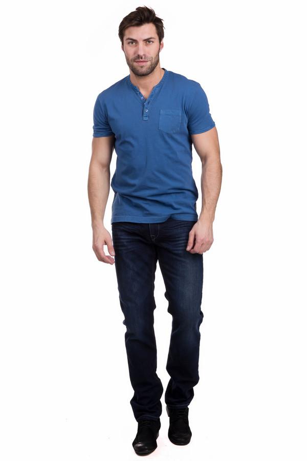 Джинсы GardeurДжинсы<br>Классические мужские джинсы Gardeur темно-синего цвета. В состав изделия входят хлопок и эластан. В данной модели будет комфортно и удобно круглогодично. Спереди джинсы дополнены врезными карманами, сзади - накладными. Характерной является и более светлая расцветка в области колен. Универсальная вещь, хорошо сочетающаяся с любой одеждой.<br><br>Размер RU: 50(L32)<br>Пол: Мужской<br>Возраст: Взрослый<br>Материал: хлопок 73%, эластан 27%<br>Цвет: Синий