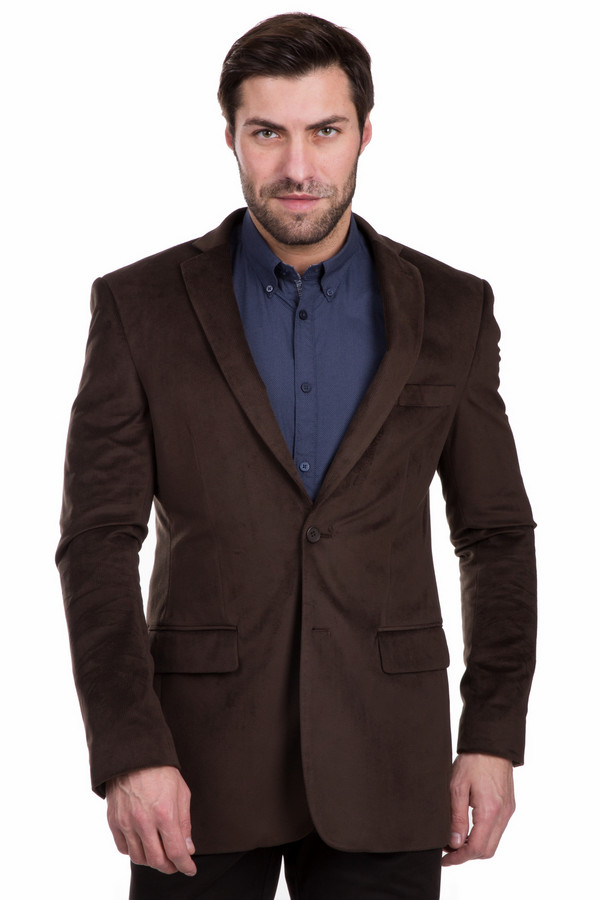 Пиджак PezzoПиджаки<br>Изысканный коричневый пиджак Pezzo для стильных и уверенных в себе мужчин. Состоит из полиэстера и нейлона. Предназначен для ношения в демисезон. Дополнен удобными карманами. Ворот открытый благодаря фасону, так что пиджак лучше сочетать с элегантной классической рубашкой. Подойдет для мужчин с чувством стиля и желанием подчеркнуть свою неповторимую индивидуальность.<br><br>Размер RU: 54<br>Пол: Мужской<br>Возраст: Взрослый<br>Материал: полиэстер 80%, нейлон 20%<br>Цвет: Коричневый