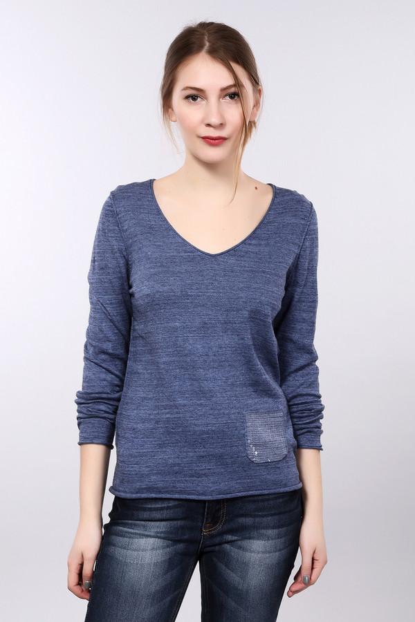 Пуловер LerrosПуловеры<br>Мягкий и деликатный женский пуловер «Lerros» синего цвета. Материал – 100% хлопок. Изделие украшает V-образный вырез. Универсален для ношения в любой сезон и сочетания с большим количеством аксессуаров. Подойдет тем женщинам, которые предпочитают купить одну вещь на все случаи жизни и изобретать разные варианты ее ношения. На работу, на свидание, в дорогу – такой пуловер пригодится везде. Облегая, он выгодно подчеркнет вашу талию.<br><br>Размер RU: 42<br>Пол: Женский<br>Возраст: Взрослый<br>Материал: хлопок 100%<br>Цвет: Синий
