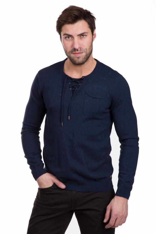Джемпер Tom TailorДжемперы<br>Джемпер Tom Tailor синий мужской. Прелестная шнуровка спереди и накладной нагрудный кармашек - чудесные элементы этого джемпера. Модель современная и удобная. Носить ее вы сможете в любое время года. Состав ткани: полиамид и хлопок. Комбинируется с различными вещами мужского гардероба: от строгих классических брюк до молодежных джинсов.<br><br>Размер RU: 52-54<br>Пол: Мужской<br>Возраст: Взрослый<br>Материал: полиамид 27%, хлопок 73%<br>Цвет: Синий