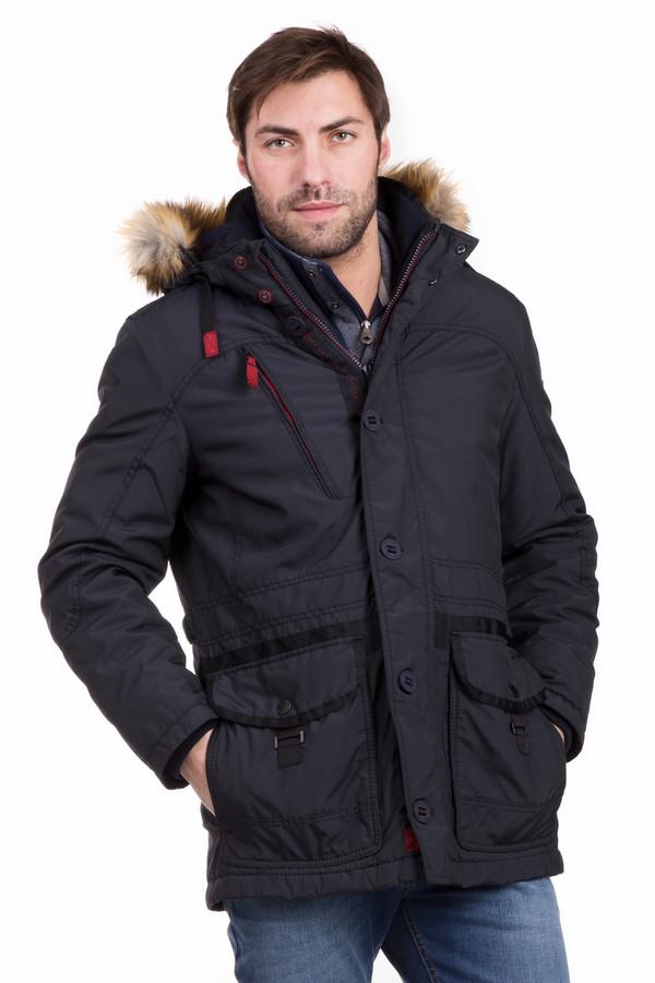 Куртка CalamarКуртки<br>Теплая мужская куртка Calamar синего цвета с красными вставками и подкладкой. С такой курткой не страшна даже самая холодная зима! Изделие дополнено теплым капюшоном с меховой опушкой. Прикрывает бедра, поэтому не даст замерзнуть ни с какой стороны, а кроме того – выглядит мужественно, носится долго, сама по себе удобна и практична. Состав – полиамид и полиэстер. Для туризма и повседневной жизни.<br><br>Размер RU: 54К<br>Пол: Мужской<br>Возраст: Взрослый<br>Материал: полиамид 7%, полиэстер 93%, Состав_подкладка полиэстер 100%<br>Цвет: Красный