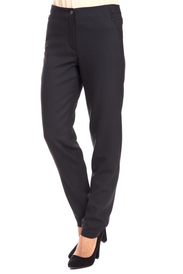 Брюки VaniliaБрюки<br>Брюки Vanilia черные. Эта элегантная модель необычайно стройнит. Эти классические женские брюки снабжены прорезными карманами спереди и сзади. Носить такую вещь – одно удовольствие, вы сможете комбинировать брюки с различными блузами, пиджаками, топами, лонгсливами, блузонами и т.д. Состав ткани: эластан, полиэстер, шерсть.<br><br>Размер RU: 42<br>Пол: Женский<br>Возраст: Взрослый<br>Материал: эластан 2%, полиэстер 54%, шерсть 44%<br>Цвет: Чёрный