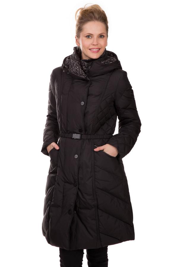 Пальто BeaumontПальто<br>Пальто Beaumont черное. Практичная модель темного цвета визуально стройнит свою обладательницу. Простеганая ткань, поясок на поясе, удобные карманы на молнии, застежка на кнопки – это все неоспоримые достоинства данной вещи. Носить ее рекомендуется зимой или при холодной погоде в другое время года. Состав ткани: 100%-ный полиэстер.<br><br>Размер RU: 44<br>Пол: Женский<br>Возраст: Взрослый<br>Материал: полиэстер 100%, Состав_подкладка полиэстер 100%<br>Цвет: Чёрный