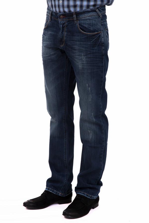 Модные джинсы LocustМодные джинсы<br>Модные мужские джинсы синего цвета с потертостями. Прямой крой выгодно подчеркнет ваш рост. Изделие дополнено задними карманами, есть шлицы под пояс. Ширинка застегивается на молнию. Удобное и стильное изделие, основа гардероба для любого мужчины.<br><br>Размер RU: 50(L34)<br>Пол: Мужской<br>Возраст: Взрослый<br>Материал: хлопок 100%<br>Цвет: Синий