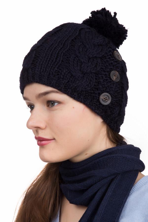 Шапка WegenerШапки<br>Вязаная женская шапка Wegener черного цвета. Изделие выполнено из полиакрила и шерсти. Лучше всего такую шапку носить в зимний сезон. В качестве узора вывязаны широкие косы, а макушку модели венчает помпон из тех же ниток. Украшают модель с левого боку три прозрачные плоские пуговицы. Хорошо сочетается с любой верхней одеждой.<br><br>Размер RU: один размер<br>Пол: Женский<br>Возраст: Взрослый<br>Материал: шерсть 50%, полиакрил 50%, Состав_подкладка полиэстер 100%<br>Цвет: Чёрный