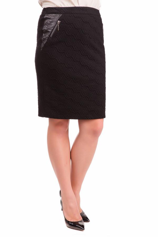 Юбка Frank WalderЮбки<br>Оригинальная женская юбка Frank Walder черного цвета. Модель выполнена из эластана, полиэстера и хлопка. В весенний или осенний сезон в ней будет комфортно. Юбка прямая, миди, пошита из ткани с выпуклым геометрическим узором. Спереди справа вверху - треугольная вставка из блестящей материи, врезан карман на молнии.<br><br>Размер RU: 46<br>Пол: Женский<br>Возраст: Взрослый<br>Материал: эластан 6%, полиэстер 40%, хлопок 54%<br>Цвет: Чёрный