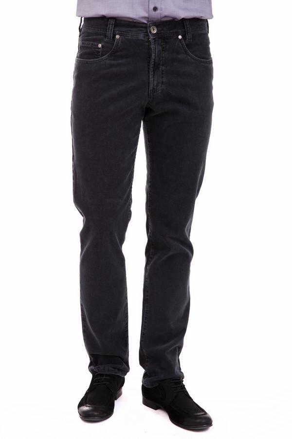 Брюки GardeurБрюки<br>Брюки Gardeur мужские. Серые практичные брюки идут всем представителям сильного пола. В таком изделии мужчине будет комфортно в любое время года. Состав: хлопок с добавлением незначительного процента эластана делает их подходящими даже для зимы. Отличное решение для самых разных ансамблей.<br><br>Размер RU: 48(L34)<br>Пол: Мужской<br>Возраст: Взрослый<br>Материал: эластан 1%, хлопок 99%<br>Цвет: Серый