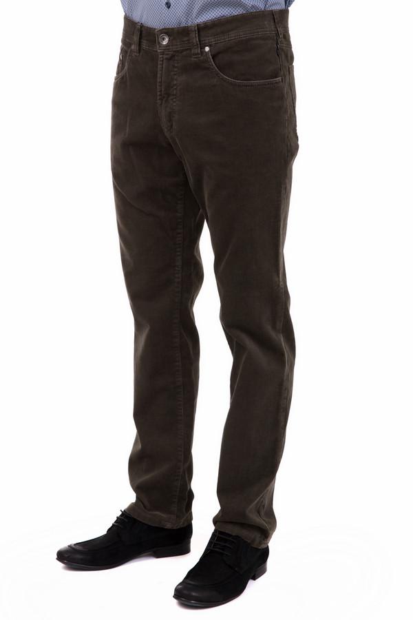 Брюки GardeurБрюки<br>Брюки Gardeur мужские в коричневом цвете. Данный элемент одежды имеет классическую форму и выполнен из натурального хлопка. Брюки отлично подойдут для любого образа, а благодаря универсальному цветовому решению их можно сочетать с самыми разными оттенками и стилями. Эта вещь отлично подойдет для мероприятий различного характера.<br><br>Размер RU: 50-52(L32)<br>Пол: Мужской<br>Возраст: Взрослый<br>Материал: эластан 1%, хлопок 99%<br>Цвет: Коричневый