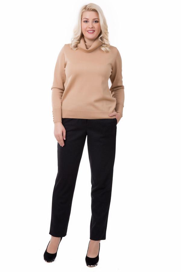Брюки Luisa CeranoБрюки<br>Брюки Luisa Cerano серого цвета. Эта непринужденная и комфортная модель отлично подойдет для практичных уверенных в себе женщин. Носить такие брюки можно вне зависимости от сезона и погоды. Отлично сочетаются с вещами нейтрального или неформального стиля. Состав: 100%-ная шерсть.<br><br>Размер RU: 44<br>Пол: Женский<br>Возраст: Взрослый<br>Материал: шерсть 100%<br>Цвет: Серый