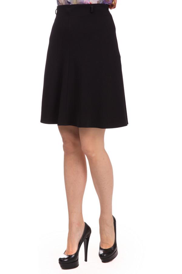 Юбка ApanageЮбки<br>Юбка Apanage черная. Эта милая и несколько игривая модель длиной выше колена очень мила и изящна. В такой юбке вам захочется ходить снова и снова. Отлично смотрится с обувью на высоком каблуке. В ней вы сможете продемонстрировать свои стройные ножки. Демисезонная вещь. Состав: эластан, полиэстер, вискоза.<br><br>Размер RU: 48<br>Пол: Женский<br>Возраст: Взрослый<br>Материал: эластан 5%, полиэстер 63%, вискоза 32%<br>Цвет: Чёрный
