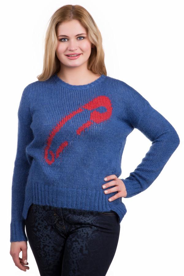 Пуловер TuzziПуловеры<br>Пуловер Tuzzi сине-красный. Необычная модель с удлиненной спинкой и абстрактным узором спереди сразу же обращает на себя внимание. Из, манжеты и горловина связаны резинкой два на два, а основная часть изделия – чулочной вязкой. Состав: полиамид, полиакрил, мохер. Изделие превосходно сочетается с джинсами, брюками и юбками различных цветов и фасонов.<br><br>Размер RU: 48<br>Пол: Женский<br>Возраст: Взрослый<br>Материал: полиамид 15%, полиакрил 40%, мохер 45%<br>Цвет: Красный