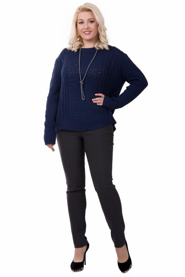 Брюки TuzziБрюки<br>Брюки Tuzzi серые. Эта модель стройнит и подчеркивает все прелести женской фигуры. Вертикальные швы спереди напоминают складки классических брюк и визуально удлиняют ноги. Состав: эластан, полиамид, вискоза. Носить эти брюки можно с различными блузами и топами всевозможных фасонов. Модель на круглый год.<br><br>Размер RU: 46<br>Пол: Женский<br>Возраст: Взрослый<br>Материал: эластан 4%, полиамид 18%, вискоза 78%<br>Цвет: Серый
