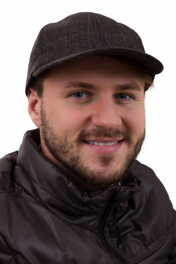 Бейсболка GottmannБейсболки<br>Бейсболка Gottmann коричневая. Рисунок «елочка» наиболее уместен для зимней и демисезонной одежды. В мужском же гардеробе такой узор всегда желанный. Чаще всего ее выполняют в темных тонах, как в этой бейсболке. Модель классического кроя. Состав: полиамид плюс шерсть. Отлично выглядит с куртками и пальто темных расцветок.<br><br>Размер RU: 64<br>Пол: Мужской<br>Возраст: Взрослый<br>Материал: полиамид 20%, шерсть 80%<br>Цвет: Коричневый