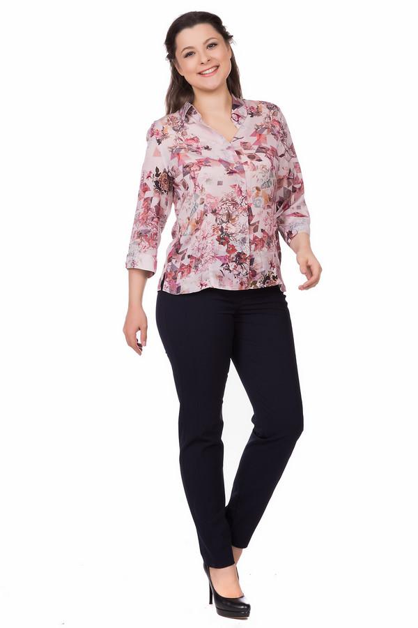 Блузa ErfoБлузы<br>Блузa Erfo разноцветная. Женственная и изящная модель с рукавом три четверти и отложным воротничком – хороший выбор, если вам нравится женственность и деловой стиль. Такая блуза будет гармонично смотреться с костюмом в офисе и на прогулке. Демисезонная модель в розовом, сером, бордовом цветах отлично выглядит на любой фигуре. Состав ткани: 100%-ный полиэстер.<br><br>Размер RU: 52<br>Пол: Женский<br>Возраст: Взрослый<br>Материал: полиэстер 100%<br>Цвет: Разноцветный