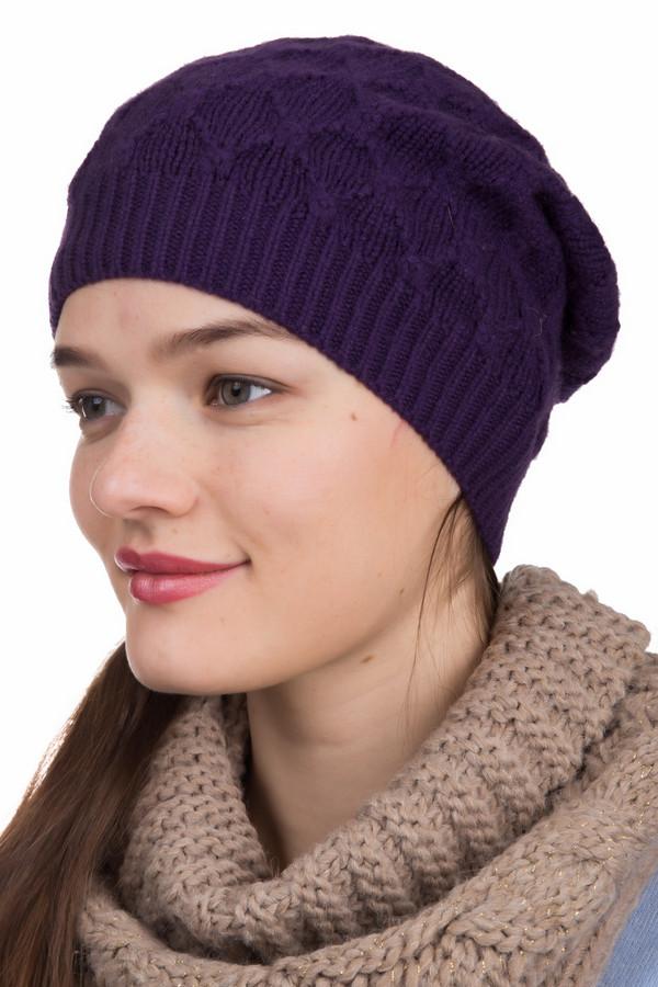 Шапка SeebergerШапки<br>Шапка Seeberger фиолетовая женская. Интересный ромбовидный рисунок, резинка один на один и свободный фасон этого изделия – отличное дизайнерское решение. Такой головной убор придется по душе модницам вне зависимости от возраста и предпочитаемого стиля в одежде. Состав: 100%-ный кашемир. Универсальный и очень изысканный аксессуар.<br><br>Размер RU: один размер<br>Пол: Женский<br>Возраст: Взрослый<br>Материал: кашемир 100%<br>Цвет: Фиолетовый