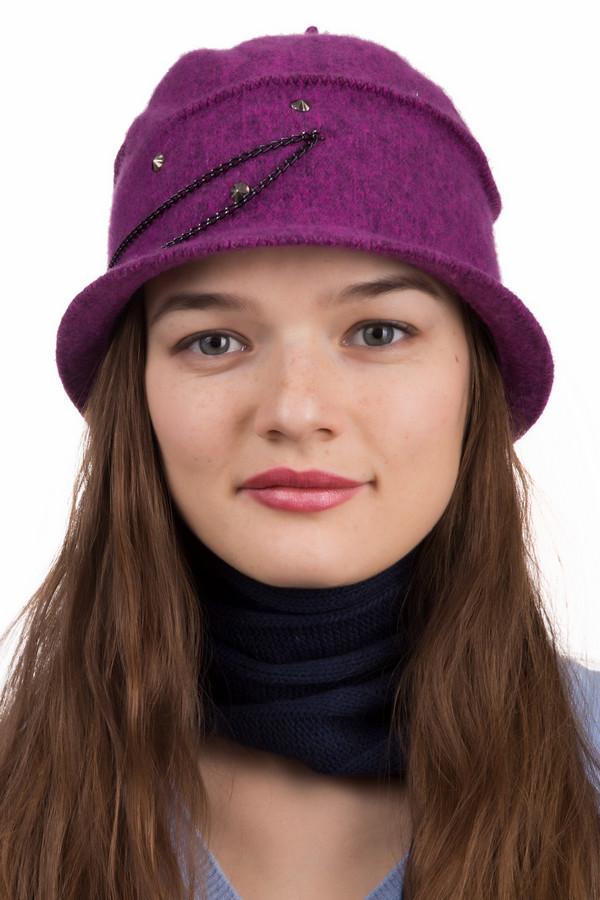 Шапка SeebergerШапки<br>Шапка Seeberger фиолетовая. Чудесная модель для женщин, которые любят оригинальность и комфорт. Прекрасный дизайн шапочки, выполненной в фиолетовом цвете, обязательно привлечет внимание к вашему образу. Состав:100%-ная шерсть. Отделка из стразов и украшение в виде цепочки придают данной модели утонченность и шарм<br><br>Размер RU: один размер<br>Пол: Женский<br>Возраст: Взрослый<br>Материал: шерсть 100%<br>Цвет: Фиолетовый