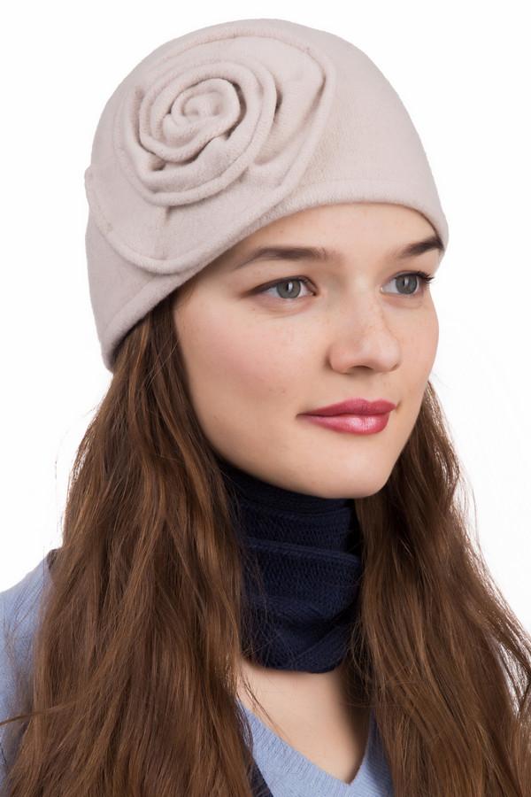 Шляпа SeebergerШляпы<br>Шляпа Seeberger бежевая. Если вы хотите быть обаятельной и романтичной, то эта бежевая шляпка как раз для вас. Оригинальное украшение сбоку в виде розочки сделает ваш образ милым и желанным. Состав:100%-ная шерсть. Шляпка очень мягкая и нежная на ощупь. Бежевый цвет шляпки будет прекрасно сочетаться с вашей одеждой.<br><br>Размер RU: один размер<br>Пол: Женский<br>Возраст: Взрослый<br>Материал: шерсть 100%<br>Цвет: Бежевый