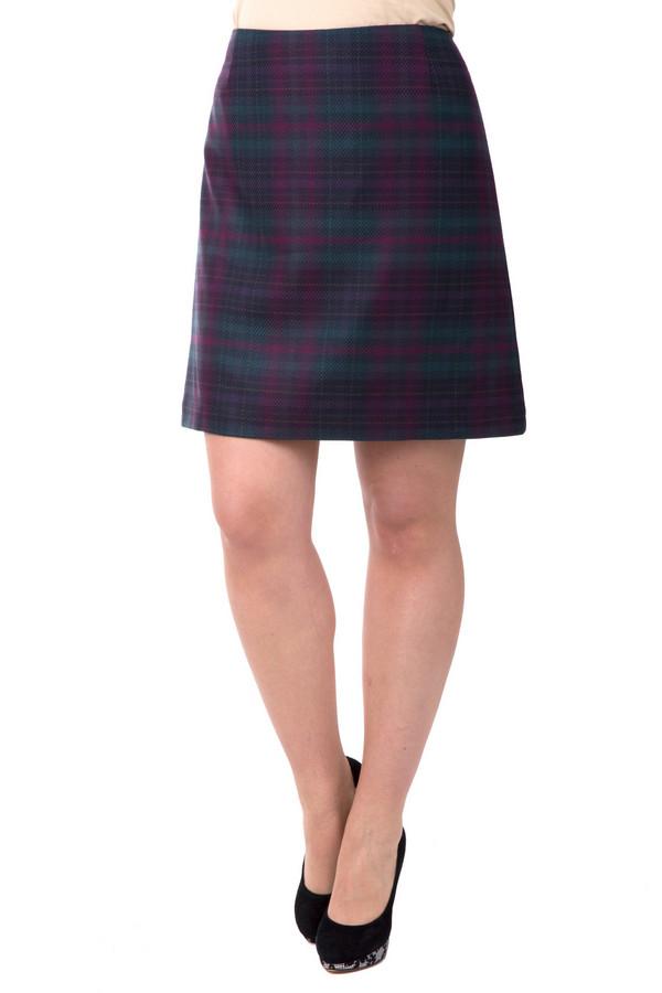 Юбка s.OliverЮбки<br>Юбка s.Oliver фиолетово-зеленая. Клетчатая юбочка – это вещь на все времена. Вам, несомненно, понравится носить такую модель – она удобна, практически не мнется и выглядит на все сто процентов. В такой юбке вы будете чувствовать себя самой изящной и красивой. Рекомендуем носить ее с однотонными вещами: блузами, топами, пиджаками. Состав: вискоза, эластан и полиэстер.<br><br>Размер RU: 50<br>Пол: Женский<br>Возраст: Взрослый<br>Материал: эластан 3%, полиэстер 65%, вискоза 32%<br>Цвет: Зелёный