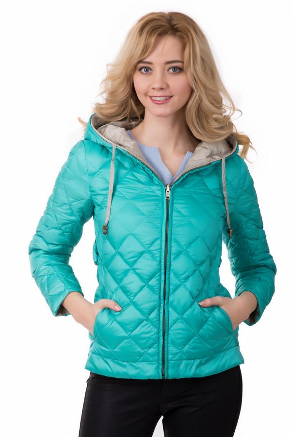 Куртка Just ValeriКуртки<br>Куртка Just Valeri бежево-голубая. Сочетание основного цвета – голубого – с бежевым, и наоборот – это очень красиво и удобно, ведь наша двустороння модель может носиться на обе стороны. С одной из них изделие к тому же простегано ромбами. Спереди курточка застегивается на молнию, что очень практично. Состав: 100%-ный полиэстер.<br><br>Размер RU: 42<br>Пол: Женский<br>Возраст: Взрослый<br>Материал: полиэстер 100%<br>Цвет: Бежевый