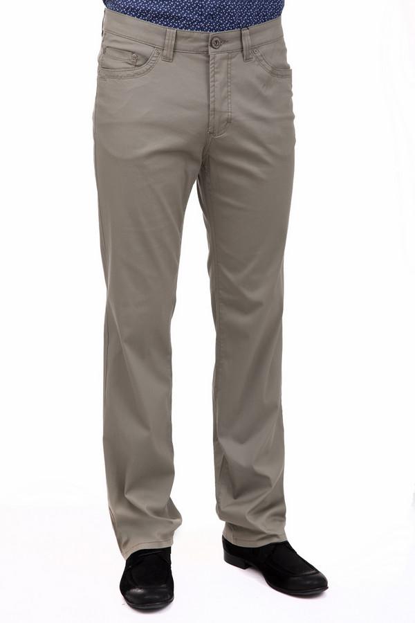 Брюки PezzoБрюки<br>Деловые мужские брюки Pezzo серого цвета. Изготовлены из легкого сочетания хлопка и эластана, так что идеально подходят для носки в летнюю жару. Это особенно удобно тем, что такие брюки чаще всего выбирают в качестве части делового костюма, и ходить в них приходится на работу. Модель дополняется вместительными карманами, что не может не радовать практичных мужчин.<br><br>Размер RU: 52<br>Пол: Мужской<br>Возраст: Взрослый<br>Материал: хлопок 98%, эластан 2%<br>Цвет: Серый