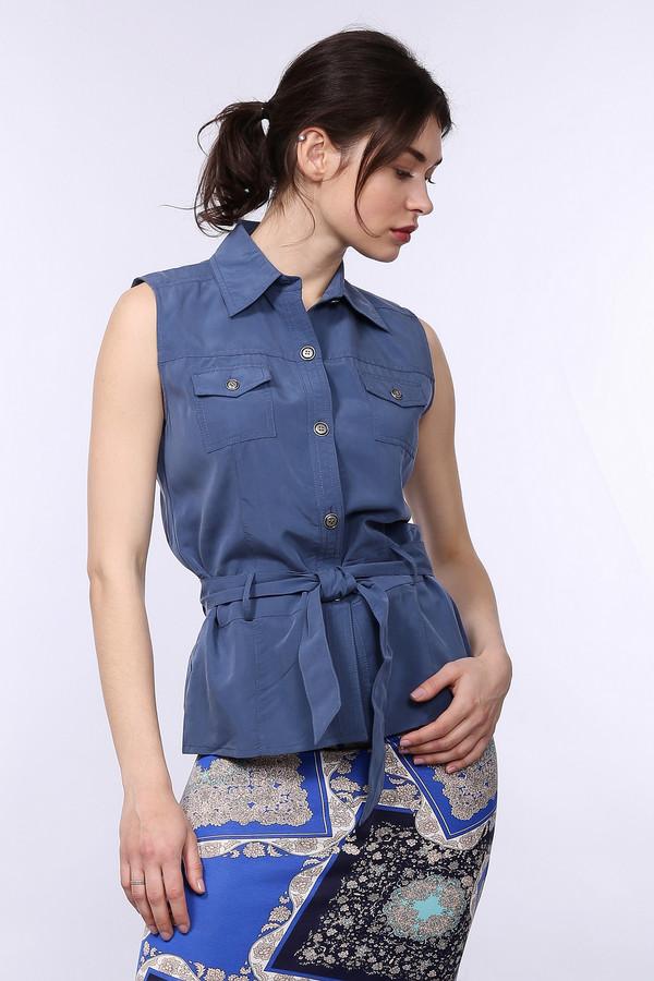 Блузa Just ValeriБлузы<br>Оригинальная и притягательная синяя блуза Just Valeri придаст шарма каждой девушке. У блузы нет рукавов, украшают модель два нагрудных кармана, отложной воротничок и широкий пояс, завязывающийся на талии бантом. Изделие выполнено из полиэстера и модала. В летний сезон в такой блузе будет наиболее комфортно.<br><br>Размер RU: 48<br>Пол: Женский<br>Возраст: Взрослый<br>Материал: полиэстер 30%, модал 70%<br>Цвет: Синий