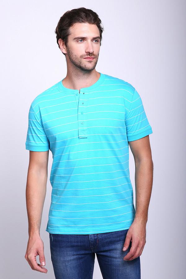 Футболкa PezzoФутболки<br>Яркая мужская футболка Pezzo голубого цвета с тонкими горизонтальными белыми полосками. В такой футболке можно как отправиться на праздник, так и просто носить ее в качестве повседневной одежды. Короткий рукав - отличный выбор для летней поры года. Застегивается она на пуговицы под горлом. Модель изготовлена из 100%-ного хлопка.