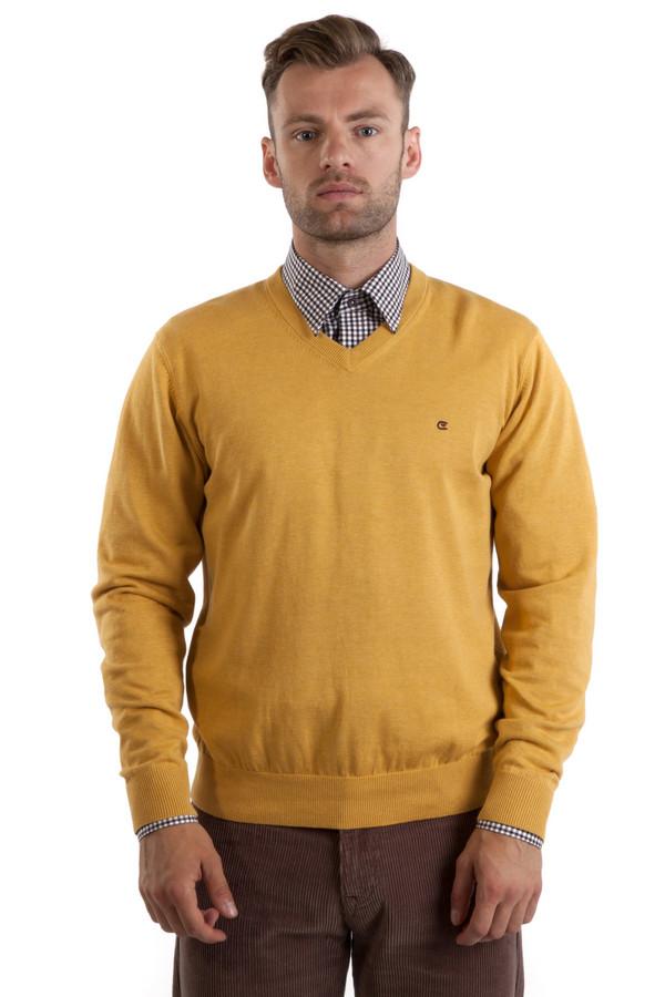 Джемпер Casa ModaДжемперы<br>Желтый джемпер бренда Casa Moda прямого кроя выполнен из натуральной хлопковой пряжи. Изделие дополнено: v-образным вырезом и длинными рукавами. Ворот, манжеты и нижний кант оформлены трикотажной вязанной резинкой.<br><br>Размер RU: 42-44<br>Пол: Мужской<br>Возраст: Взрослый<br>Материал: хлопок 100%<br>Цвет: Жёлтый