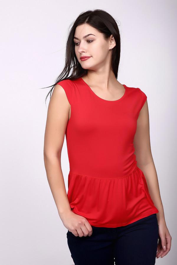 Футболка Just ValeriФутболки<br>Яркая женская футболка Just Valeri красного цвета. Придаст яркой красоты своей обладательнице. Рукавов нет, футболка приталена, а от талии - отрезная. Басочка в складках, подчеркивает женственность фигуры. В состав изделия входят вискоза и спандекс. В летний сезон в такой футболке будет максимально комфортно.<br><br>Размер RU: 50<br>Пол: Женский<br>Возраст: Взрослый<br>Материал: вискоза 95%, спандекс 5%<br>Цвет: Красный