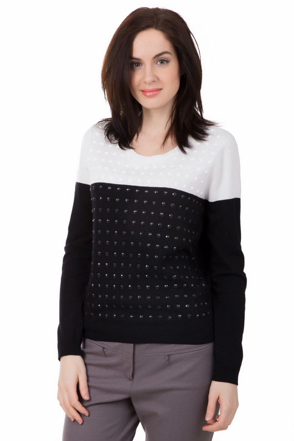 Пуловер Gerry WeberПуловеры<br>Чёрно-белая классика всегда в моде. Пуловер от Gerry Weber поможет Вам выглядеть стильно в любое время. Выполнено данное изделие в двух цветах – верхняя часть белая, нижняя – чёрная. Пуловер дополнительно украшен декоративными камнями белого и чёрного цвета. Это придает строгой классике оригинальности. Состав - 3% эластан, 25% полиамид, 45% вискоза, 27% хлопок.<br><br>Размер RU: 46<br>Пол: Женский<br>Возраст: Взрослый<br>Материал: эластан 3%, полиамид 25%, вискоза 45%, хлопок 27%<br>Цвет: Белый