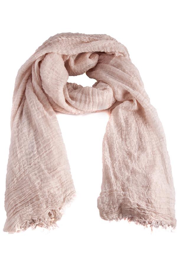 Шарф CodelloШарфы<br>Нежный женственный шарф Codello пудрового оттенка. Изделие выполнено из высококачественного материала приятного на ощупь.<br><br>Размер RU: один размер<br>Пол: Женский<br>Возраст: Взрослый<br>Материал: полиамид 15%, вискоза 25%, полиакрил 60%<br>Цвет: Бежевый