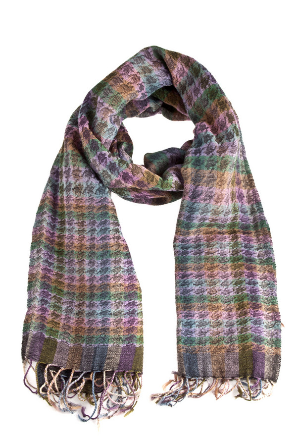 Шарф CodelloШарфы<br>Теплый шарф Codello из натуральной шерсти в спокойной цветовой гамме и оригинальным орнаментом.<br><br>Размер RU: один размер<br>Пол: Женский<br>Возраст: Взрослый<br>Материал: шерсть 100%<br>Цвет: Разноцветный