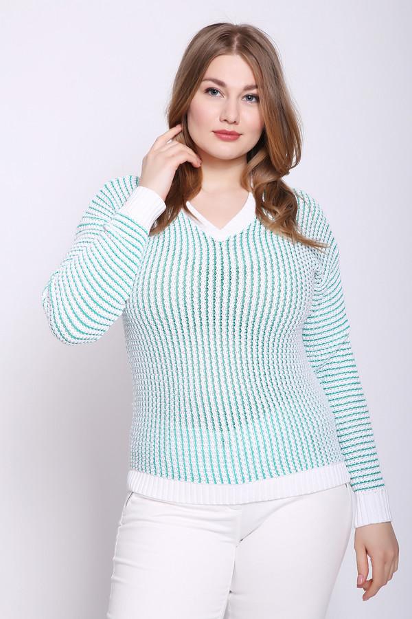 Пуловер PezzoПуловеры<br>Пуловер Pezzo белого цвета станет отличным украшением Вашего гардероба. Изделие белого цвета. Выполнено методом крупной вязки. Дополнительно вплетены нити бирюзового цвета, которые создают эффект вертикальной полосы. Пуловер имеет неглубокий V-образный вырез. Сзади он чуть длиннее, чем спереди. Силуэт обтягивающий. Состав – 85 хлопок, 15% вискоза.