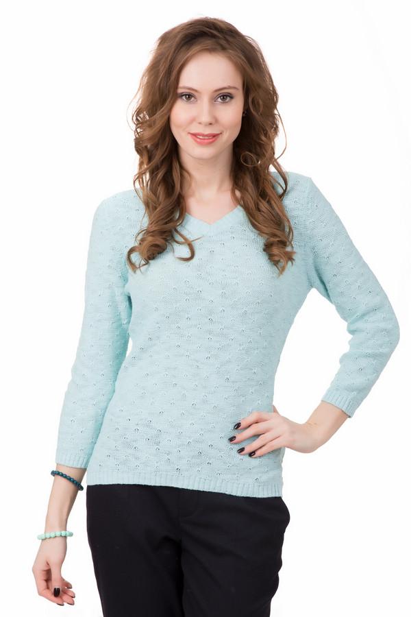 Пуловер PezzoПуловеры<br>Лёгкий светло-голубой пуловер от Pezzo обязательно станет одной из Ваших любимых вещей. Он тонкий и лёгкий. Состав – 100% хлопок, поэтому он хорошо сидит и не сковывает движения. Рукав – ?, так что можно не опасаться, что в нём будет жарко. Изделие дополнительно украшено небольшим узором. Имеет небольшой V-образный вырез.<br><br>Размер RU: 52<br>Пол: Женский<br>Возраст: Взрослый<br>Материал: хлопок 100%<br>Цвет: Голубой