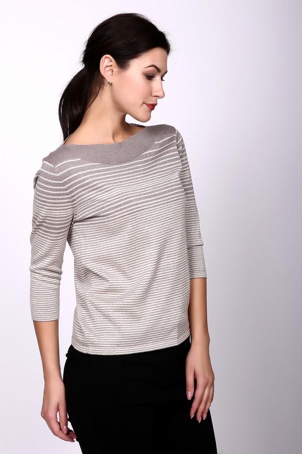 Пуловер PezzoПуловеры<br>Стильный женский пуловер от Pezzo украсит свою владелицу, а интересный рисунок будет выделяться среди сотен серых одежек. Изделие бежевого цвета, силуэт – прямой, не обтягивающий. Рукав – ?. Пуловер дополнительно украшен тонкими полосами чуть более тёмного оттенка, которые становятся шире в области выреза. Состав - 51% вискоза, 18% полиэстер, 22% шерсть, 9% металл.<br><br>Размер RU: 50<br>Пол: Женский<br>Возраст: Взрослый<br>Материал: вискоза 51%, полиэстер 18%, шерсть 22%, металл 9%<br>Цвет: Бежевый