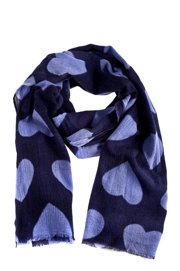 Шарф CodelloШарфы<br>Темно-синий шарф Codello декорирован принтом с сердечками. Изделие выполнено из высококачественного материала приятного на ощупь. Идеально подойдет для романтических натур.<br><br>Размер RU: один размер<br>Пол: Женский<br>Возраст: Взрослый<br>Материал: шерсть 100%<br>Цвет: Разноцветный