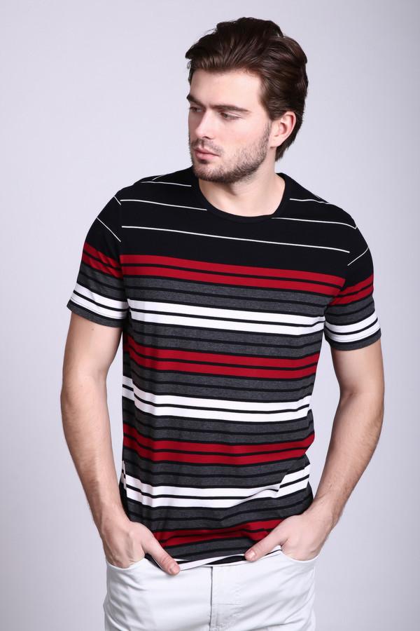 Футболкa PezzoФутболки<br>Стильная ассиметричная мужская футболка от Pezzo станет украшением любого гардероба. Сама футболка чёрного цвета, а необычную асимметрию дарят горизонтальный полосы разной ширины и расцветки – белый, красный и серый цвета. Вырез у изделия круглый, неглубокий. Рукава короткие. Состав – 80% хлопок, 20% полиэстер.<br><br>Размер RU: 52<br>Пол: Мужской<br>Возраст: Взрослый<br>Материал: полиэстер 20%, хлопок 80%<br>Цвет: Разноцветный