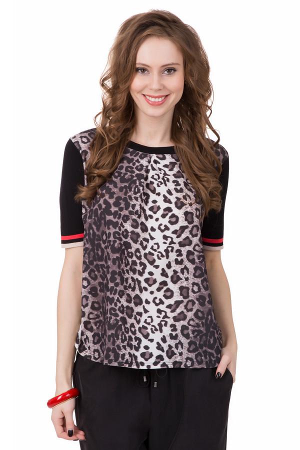 Пуловер PezzoСтильный пуловер Pezzo с приглушенным и лаконичным леопардовым принтом. Красно-белая отделка рукава замечательно подчеркивает строгий крой и делает вещь нестандартной. Идеально подходит женщинам, которые любят яркие образы, но без пошлости и китча. Пуловер выполнен из вискозы с нейлоном, поэтому отлично носится в теплые и жаркие дни<br><br>Размер RU: 52<br>Пол: Женский<br>Возраст: Взрослый<br>Материал: вискоза 80%, нейлон 20%<br>Цвет: Разноцветный