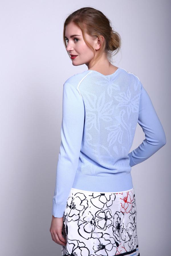 Пуловер PezzoПуловеры<br>Пуловер Pezzo голубой. Однотонный пуловер лазурного оттенка с минимумом лишних деталей – это просто безупречное решение для того, чтобы подчеркнуть вашу женственность и соблазнительность. Основной акцент – на цвет, а больше ничего здесь и не требуется! Состав: вискоза плюс нейлон. Демисезонная вещь для истинных леди.