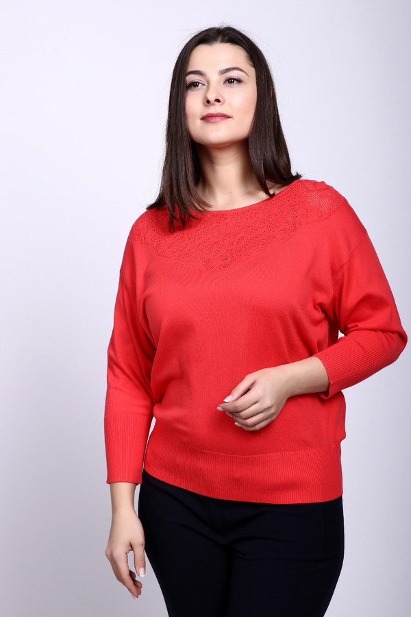 Пуловер PezzoПуловеры<br>Пуловер Pezzo красный. Приятный глазу оттенок этой модели – ее главный козырь. Милая и изящная ажурная кокетка – дополнительный плюс данного изделия. Состав: хлопок плюс акрил. Носить такой пуловер – настоящее наслаждение, сочный оттенок подарит и вам, и окружающим позитив и отличное настроение.<br><br>Размер RU: 54<br>Пол: Женский<br>Возраст: Взрослый<br>Материал: хлопок 50%, акрил 50%<br>Цвет: Красный