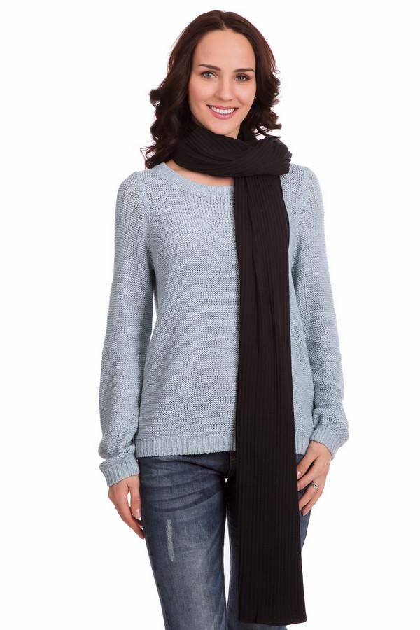 Шарф Marc CainШарфы<br>Шарф Marc Cain черный женский. Длинный шарф – отличное решение для множества ансамблей. В нем всегда тепло и уютно. Кроме того, это стильный и элегантный аксессуар для тех, кто ценит и этот аспект. Состав: 100%-ная шерсть. Зимой сочетайте этот шарф с куртками, пуховиками пальто самых разных цветов и оттенков – не прогадаете.<br><br>Размер RU: один размер<br>Пол: Женский<br>Возраст: Взрослый<br>Материал: шерсть 100%<br>Цвет: Чёрный
