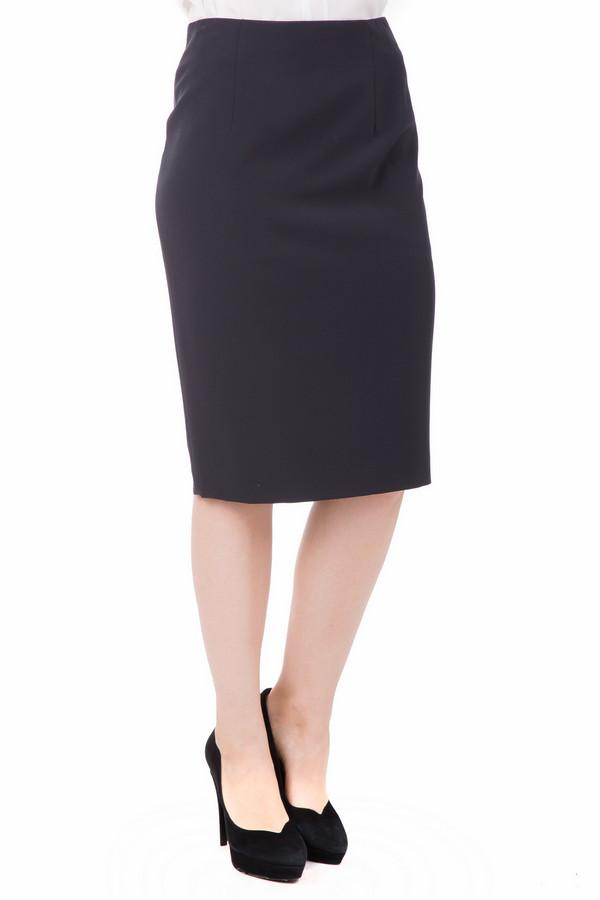 Юбка GardeurЮбки<br>Юбка Gardeur темно-синяя. Чудесная модель для восхитительной женщины. Если вы – поклонница строгого делового стиля, то данная модель просто создана для вас. В такой юбке вам будет комфортно в офисе или во время деловой встречи в ресторане, кроме того, ее можно носить и в более неформальных ситуациях. Состав: эластан плюс полиэстер, подкладка – полиэстер.<br><br>Размер RU: 48<br>Пол: Женский<br>Возраст: Взрослый<br>Материал: эластан 9%, полиэстер 91%, Состав_подкладка полиэстер 100%<br>Цвет: Синий