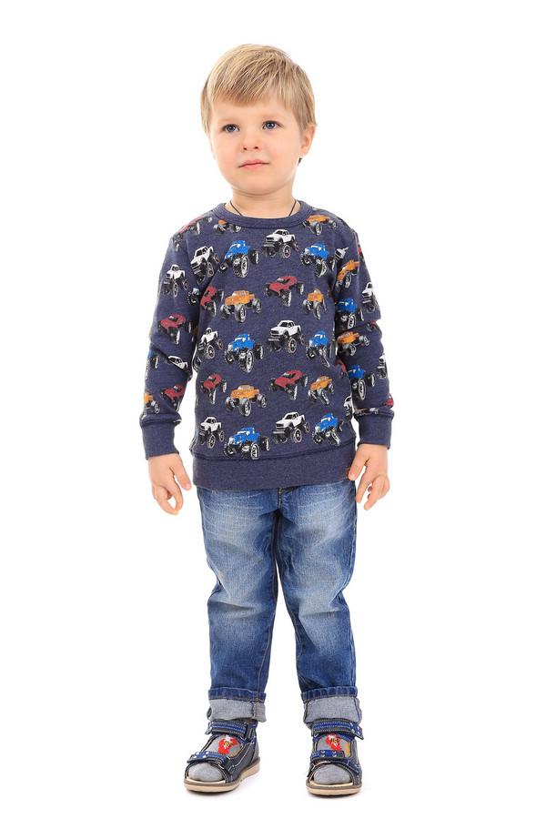 Джемпер Tom TailorДжемперы<br>Джемпер Tom Tailor детский. Милый и удобный джемпер для мальчика с ярким и необычным принтом придется по душе и детям, и их родителям. Состав ткани: хлопок плюс полиэстер. Хорошо выглядит вместе с джинсами и различными брючками. Теплая и комфортная вещь для вашего малыша.<br><br>Размер RU: 28;104-110<br>Пол: Мужской<br>Возраст: Детский<br>Материал: хлопок 60%, полиэстер 40%<br>Цвет: Синий